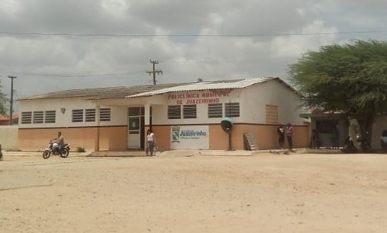 Prefeitura inicia reforma do telhado da Policlínica e do Hospital...