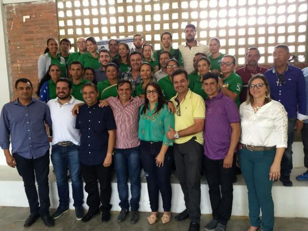 PREFEITURA DE JUAZEIRINHO ENTREGA 524 FILTROS DE ÁGUA A POPULAÇÃO...