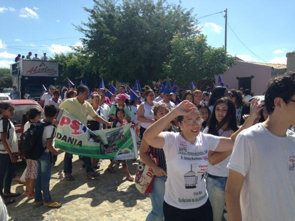 LOUCURA E DEMOCRACIA A LUTA NÃO PODE PARAR! PREFEITURA PROPORCIONA EVENTO ALUSIVO