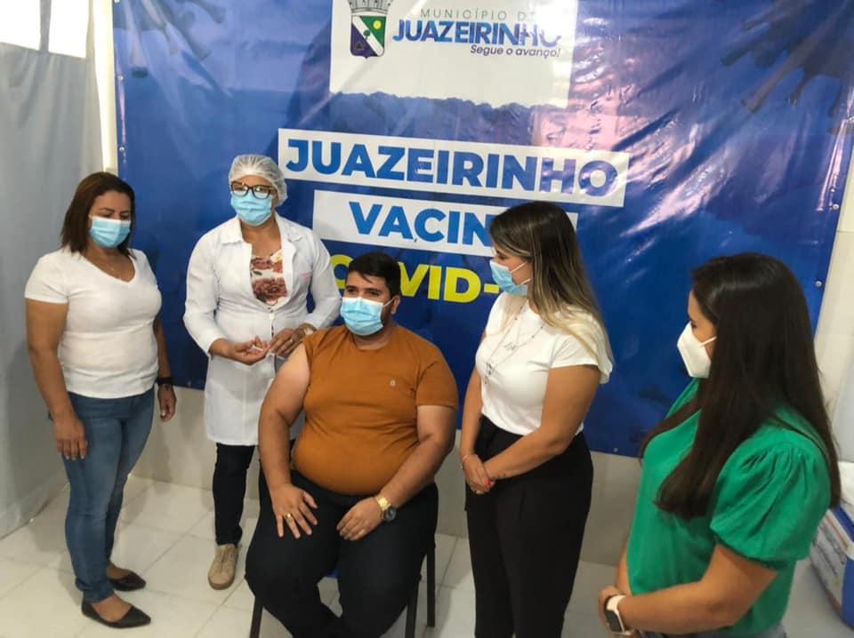 A vacina contra a COVID-19 chegou em Juazeirinho!