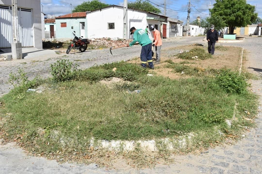 Caravana de Serviços chega ao Bairro Frei Damião