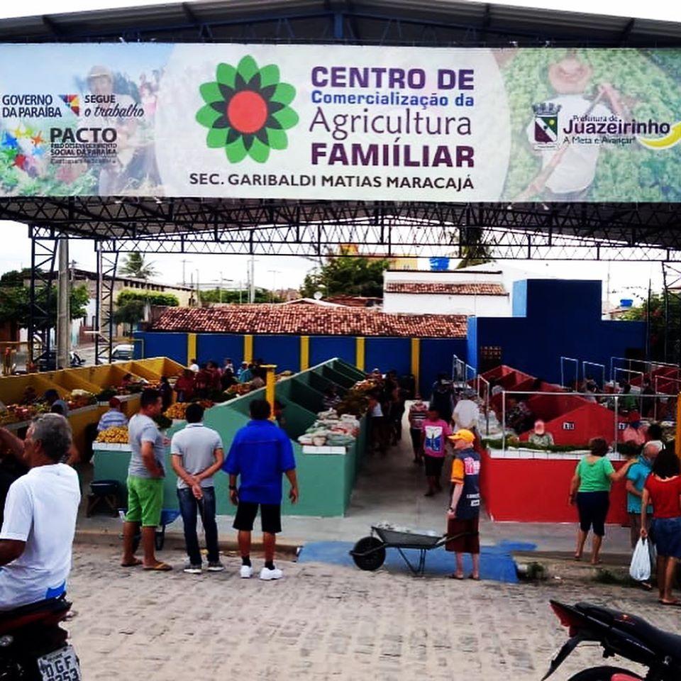 Prefeitura entrega a população o Centro de Comercialização da Agricultura...