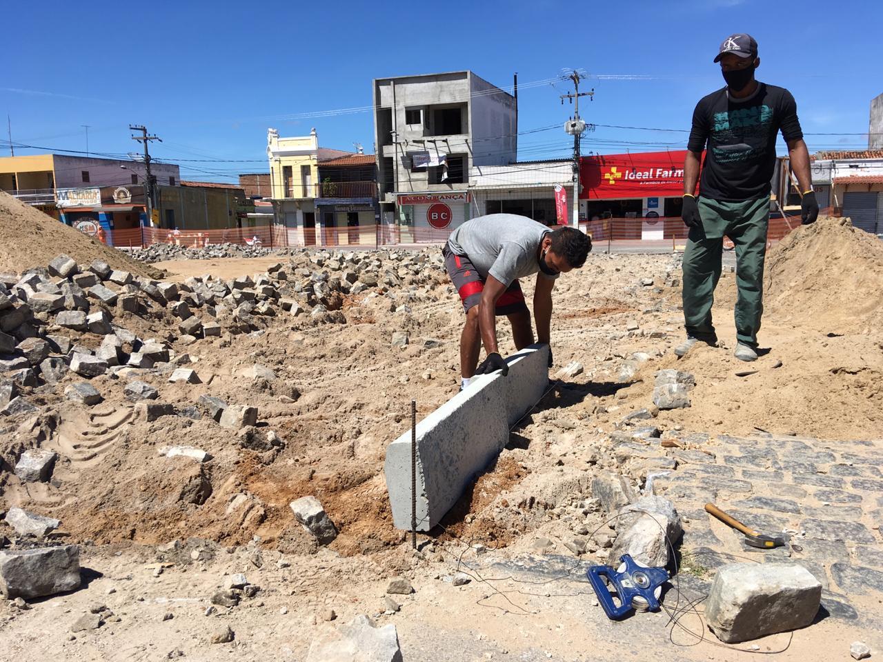 Prefeitura inicia obras de reforma e revitalização da praça São...